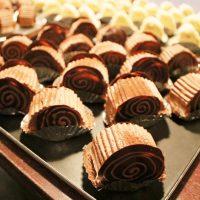 お菓子工房「くろねこ軒」の夜のお茶会が「胡桃堂喫茶店」にて開催